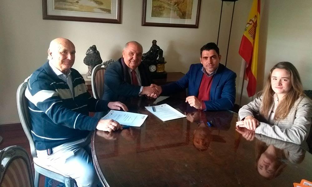 Acuerdo entre Grupo Pineda GP y la Asociación Española de Clubs de Tenis