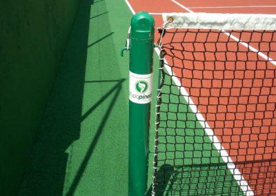 equipamiento restaurado pista tenis
